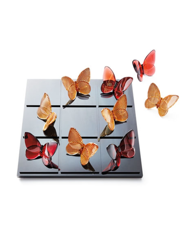 Baccarat Butterfly Tic Tac Toe