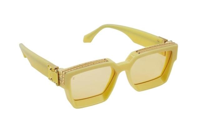 أجد أنّ نظارات 1.1 Millionaires Sunglasses الشمسيّة من Louis Vuitton باللون الأصفر، هي إكسسواري المفضّل لأكمّل إطلالتي في هذا الموسم، لأنّها عصريّة جداً ومختلفة بالفعل.