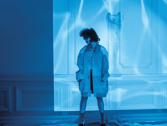 الإطلالة من Louis Vuitton