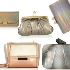 حقائبك  ميتاليكية اللون