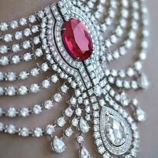 مجموعة مجوهرات Royal Collection الاستثنائيّة من Cartier
