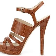 أحذية ملائمة لسبتمبر