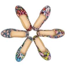 أحذية الـespradrilles من Level Shoe District