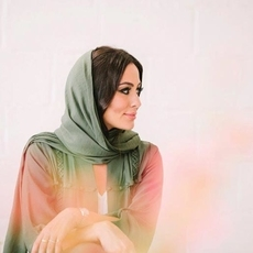 اكتشفي القطع المُفضّلة لدى Huda Al Nuaimi