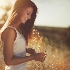 عيشي حياتك بفرح وإيجابيّة