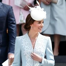Kate Middleton تساند Angelina Jolie وتتمنّى عودتها إلى Brad
