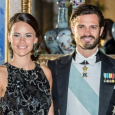 الأمير السويديّ ونجوم يعانون عسر القراءة