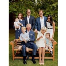 لمَ غابت الملكة Elizabeth عن صورة العائلة الملكيّة الأخيرة؟