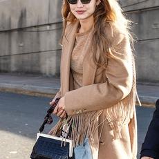Gigi Hadid ترتدي لوناً رائجاً لهذا الموسم 