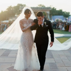 كلّ ما عليك معرفته عن إطلالة العروس Priyanka Chopra
