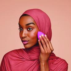 مؤسسة Beautyblender تكشف عن سرّ البشرة المثاليّة