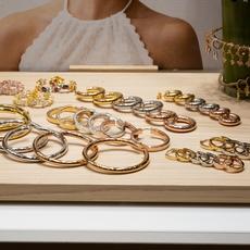 لا تفوّتي هذا المعرض الأوّل لعاشقات المجوهرات