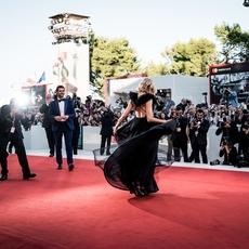 للمرّة الأولى فنّانة عربيّة ضمن لجنة تحكيم مهرجان البندقيّة السينمائيّ... من هي؟