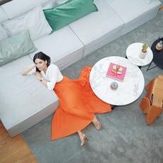 At Home مع Andrea Wazen