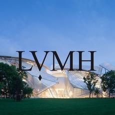 هكذا قرّرت LVMH دعم مصمّمين الخليج الناشئين