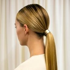 5 خطوات تساعد شعرك على النموّ بشكل أسرع