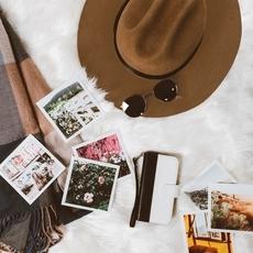 8 قطعأساسيّة لن تفراق حقيبة سفرك هذا الشتاء
