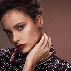 إستوحي إطلالتك من صيحات Chanel لشهر الحبّ