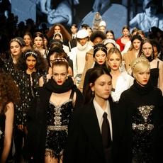 جولة أخيرة عبر أسبوع الموضة في ميلانو