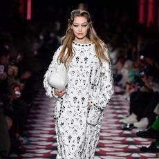 جولة أخيرة ضمن أسبوع الموضة الباريسي