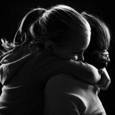 4 نصائح تعزّز علاقتكِ مع ابنتكِ
