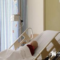 بعد فاجعة بيروت - مصمّمٌ لبنانيّ يدعم مركز سرطان الأطفال