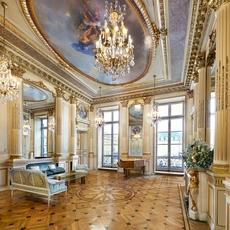 تجربة إستثنائيّة تنبض بالرقيّ والسحر في قلب باريس