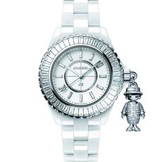يستهوينا إكسسوار Mademoiselle الماسيّ على ساعة Chanel J12 الجديدة