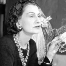 زهرة Gabrielle Chanel المفضّلة تنبت... وهذا ما ولّدته