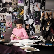 جولة في London مع Sandra Choi