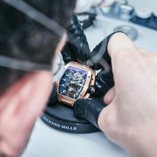وجهةٌ مثاليّة لاقتناء ساعاتك الفاخرة المفضّلة بسعرٍ زهيد
