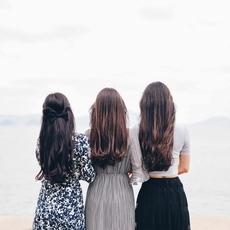 هل يمكن أن تؤثّر الشيخوخة على شعرك؟