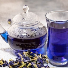 ماذا تعرفين عن فوائد الشاي الازرق؟